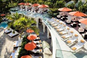 LuxeGetaways - Luxury Travel - Luxury Travel Magazine - Luxe Getaways - Luxury Lifestyle - Contest - Sweepstakes - Loews Miami South Beach Hotel - Miami Florida - SOAK - Miami Pool - South Beach - Cabana