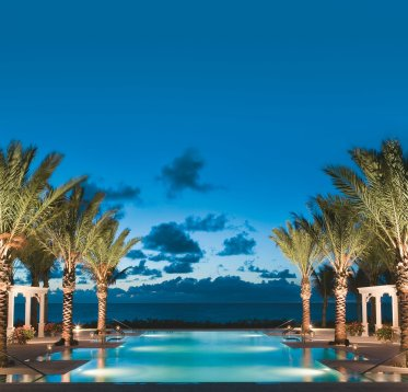 LuxeGetaways - Luxury Travel - Luxury Travel Magazine - Luxe Getaways - Luxury Lifestyle - Contest - Sweepstakes - The Breakers Palm Beach - Florida pool