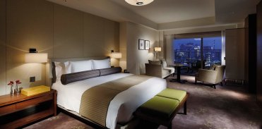 LuxeGetaways - Luxury Travel - Luxury Travel Magazine - Luxe Getaways - Luxury Lifestyle - Travel Packages - Palace Hotel Tokyo Suite