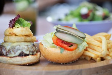 LuxeGetaways - Luxury Travel - Luxury Travel Magazine - Tasting Experience at the RIMBA Jimbaran Bali by AYANA - burger