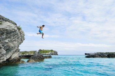 LuxeGetaways - Luxury Travel - Luxury Travel Magazine - Bermuda Tourism - America's Cup - Oracle Team USA - cliff diving