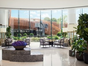 Kerry-Hotels-Lobby-Seating-Area