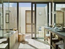 villa-junior-bath