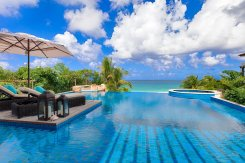 LuxeGetaways_Villa-Nevaeh_Luxury-Villa-Rentals_Over-The-Top-Luxury-Villa_pool_ocean_infinty-edge