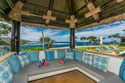 LuxeGetaways_Wavi-Island_poolside-luxury-fiji