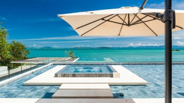 LuxeGetaways_Villa-Amarapura-Phuket_Luxury-Villa-Rentals_hot-tub