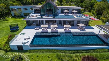 LuxeGetaways_Villa-Amarapura-Phuket_Luxury-Villa-Rentals_aerial-view_pool_Thailand
