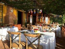 LuxeGetaways - Luxury Travel - Luxury Travel Magazine - Luxe Getaways - Luxury Lifestyle - Luxury Villa Rentals - Affluent Travel - Casa Palopo - Carretera a San Antonio Palopó, Guatemala - Restaurant