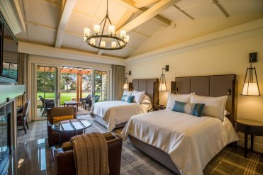 LuxeGetaways - Luxury Travel - Luxury Travel Magazine - Luxe Getaways - Luxury Lifestyle - Pebble Beach Resorts - Fairway One - California - Luxury Golf Resort - Cottage Guest Room