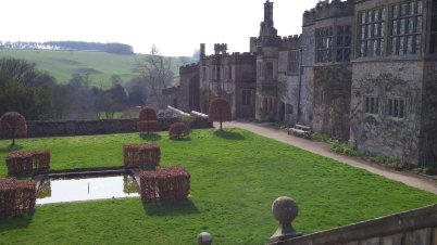 LuxeGetaways_UK-Countrywide-Tours_Mayflower_Haddon-Hall