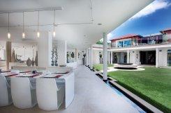 LuxeGetaways_Villa-Rockstar_Eden-Rock_Modern-Design-Villa