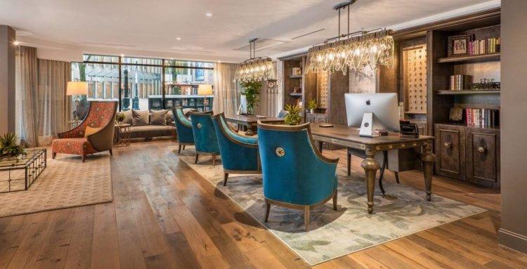 LuxeGetaways - Luxury Travel - Luxury Travel Magazine - Luxe Getaways - Luxury Lifestyle - The Iveys Hotel Charlotte - Charlotte Boutique Hotel - Lobby