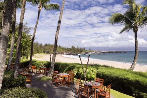LuxeGetaways - Luxury Travel - Luxury Travel Magazine - Luxe Getaways - Luxury Lifestyle - The Ritz Carlton Kapalua - Maui - Hawaii - Luxury Hotel Maui - white sandy beach