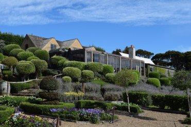LuxeGetaways - Luxe Getaways - LuxeGetaways Magazine - Luxury Travel Magazine - Luxury Travel Blog - Wine - New Zealand - Mudbrick Gardens