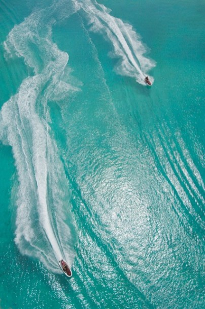 LuxeGetaways - Luxury Travel - Luxury Travel Magazine - Luxe Getaways - Luxury Lifestyle - St Regis Bora Bora - Starwood Bora Bora - Marriott Bora Bora - Overwater Villa - Jet Ski