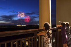 LuxeGetaways - Luxury Travel - Luxury Travel Magazine - Luxe Getaways - Luxury Lifestyle - Family Travel - Family Hotels - CIRE Travel - Tzell Travel - Four Seasons Orlando - fireworks