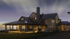 California | Inn at Newport Ranch, Fort Bragg - Main Inn at Night