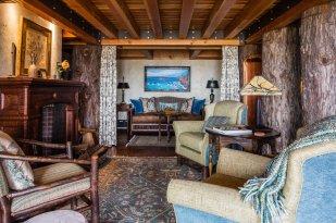 TIANR_Redwood House_Newport Suite_Photo by Brendan McGuigan