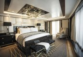 LuxeGetaways - Luxury Travel - Luxury Travel Magazine - Luxe Getaways - Luxury Lifestyle - Luxury Cruise - Mediterranean Cruises - Regent Seven Seas Cruises - RSSC - Luxury Cruising - Regent Suite - Bedroom