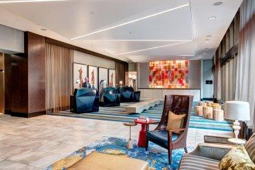LuxeGetaways - Luxury Travel - Luxury Travel Magazine - Luxe Getaways - Luxury Lifestyle - Catherine Maisonneuve - Seattle Washington, Seattle Hotels - Motif - Lobby