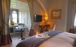 LuxeGetaways - Luxury Travel - Luxury Travel Magazine - Luxe Getaways - Luxury Lifestyle - Fall/Winter 2017 Magazine Issue - Digital Magazine - Travel Magazine - Kilkea Castle - Ireland