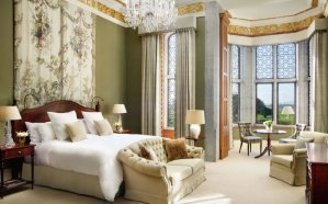 https---www.adaremanor.com-wp-content-uploads-2017-10-dunravenstateroom-king-bedroom-3-2-1920x1200