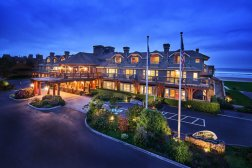 LuxeGetaways - Luxury Travel - Luxury Travel Magazine - Luxe Getaways - Luxury Lifestyle - Stephanie Inn - Adelsheim - Oregon