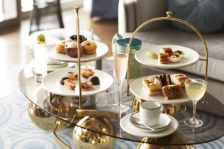 LuxeGetaways - Luxury Travel - Luxury Travel Magazine - Luxe Getaways - Luxury Lifestyle - Bespoke Travel - Fancy Tea - Afternoon Tea - Sea Containers London - Lyaness