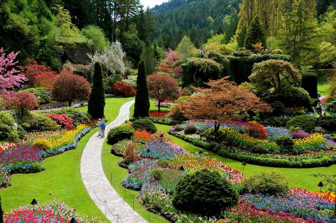 The Butchart Gardens Vancouver, Canada ??? Loveliness of Floral Foliage