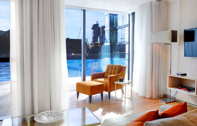 Cheval Three Quays Lavish Accommodation with Spectacular Views 2