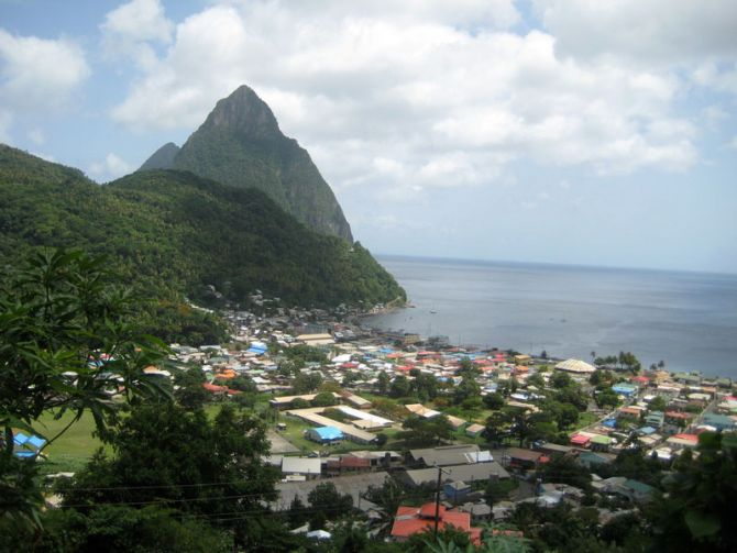 Discovering the Volcanic Nature of St Lucia Soufrière