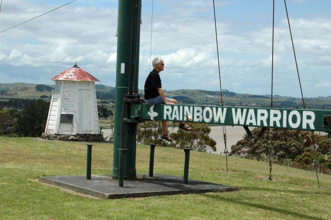 Scuba Diving in New Zealand Rainbow Warrior