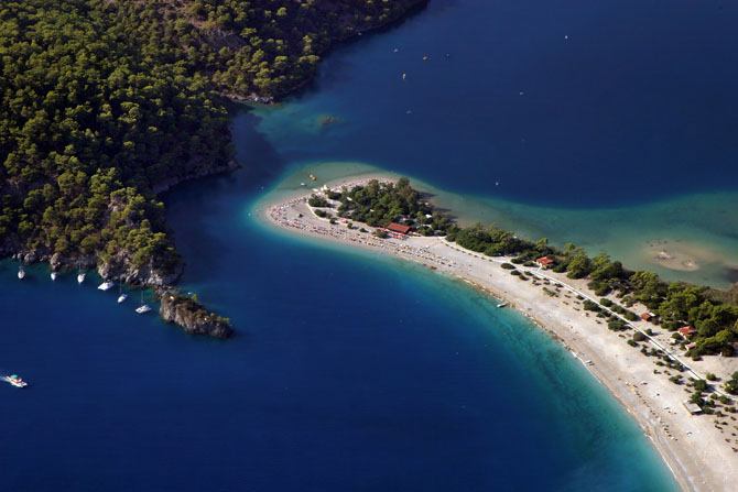 Top 10 Quadski Picnic Spots in the Mediterranean 9