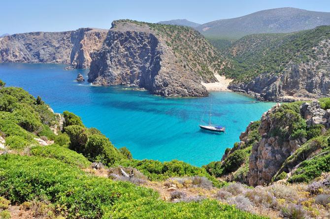 Top 5 August Vacation Destinations Costa Smeralda Sardinia