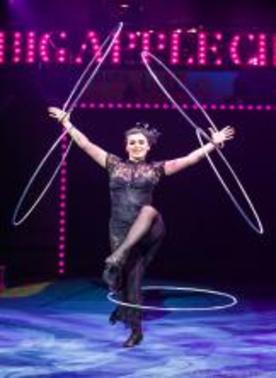 "The Big Apple Circus' ""Grand Tour"" Takes You Around The World In Luxury–Without Leaving Your Seat In Damrosch Park"
