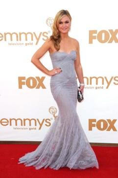 Julia Stiles - Courtesy of stylebistro.com