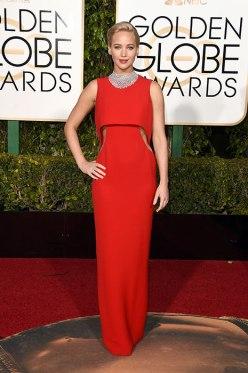 Jennifer Lawrence in Dior - Photo hellomagazine