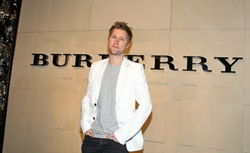 BEVERLY HILLS, CA - OCTOBER 20: Burberry creative director Christopher Bailey arrives at the grand re-opening of the Burberry Beverly Hills store on October 20, 2008 in Beverly Hills, California. (Photo by Alberto E. Rodriguez/Getty Images)