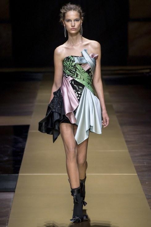 Atelier Versace - Photo credit-Yannis Vlamos-Indigital.tv - The Luxe Lookbook22