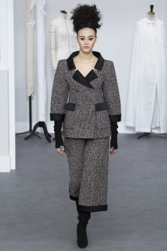 Chanel - Photo credit - Yannis Vlamos-Indigital.tv - The Luxe Lookbook2