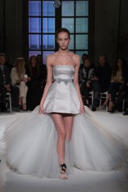 giambattista-valli-spring17-couture-yannis-vlamos-indigital-the-luxe-lookbook10