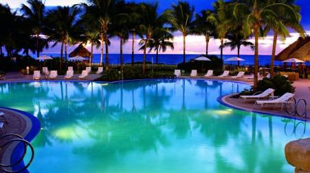The Family Pool at the Ritz Carlton Key Biscayne
