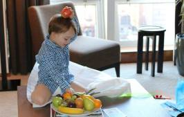 Toddler tarnishing perfect family suite at the Langham Place