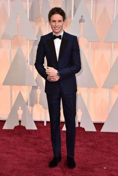 Nam diễn đạt Oscar năm nay, Eddie Redmayne mặc suit của Alexander McQueen