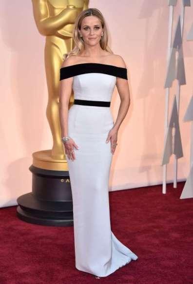 Reese Witherspoon mặc một thiết kế thuộc bộ sưu tập Red Carpet của Tom Ford