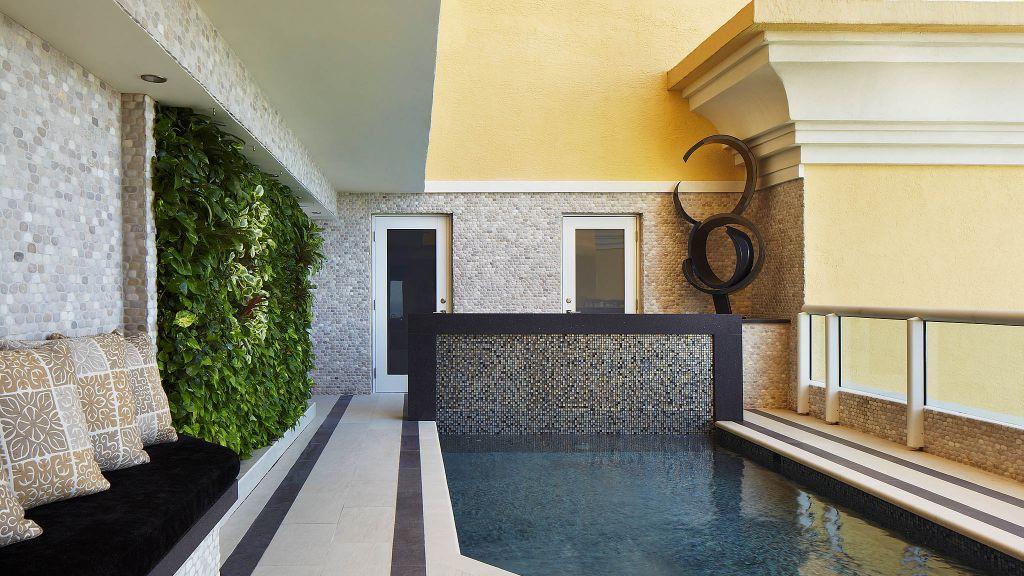 Acqualina Resort & Spa
