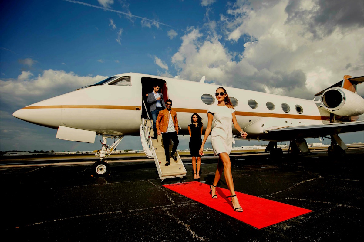 Uber For Private Jets JetSmarter Expands Its Service To Boston