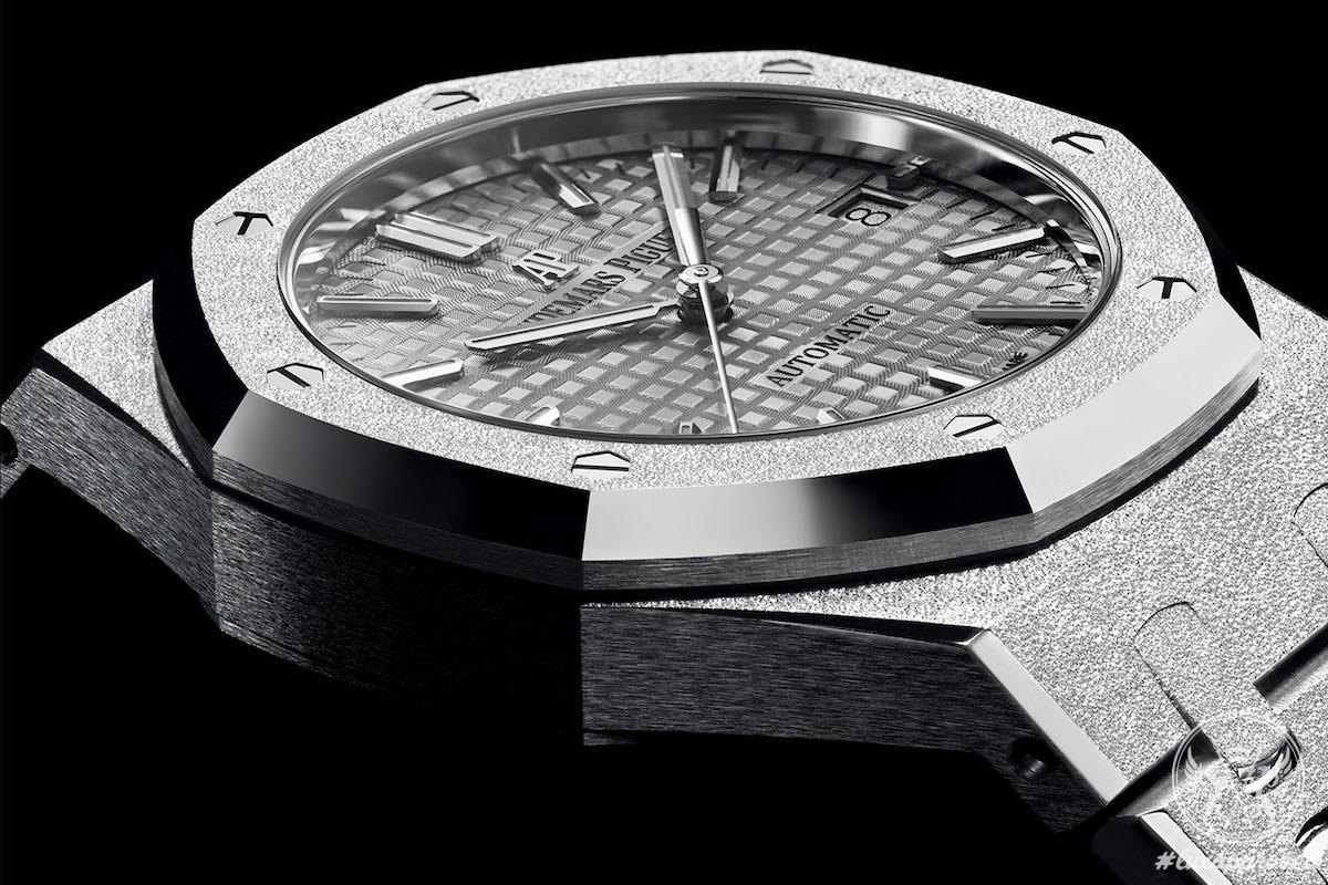 33mm Audemars Piguet Royal Oak replica watch
