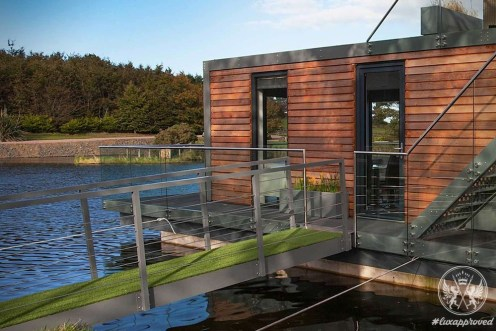 Fancy Living in the Two-bedroom Boat House by Bluefield Houseboats?
