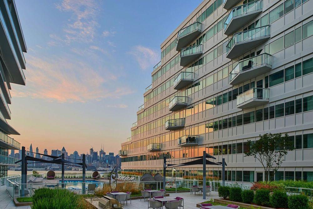 Avora Becomes First NJ Building to Offer LIVunLtd x Exclusive Virtual Amenities